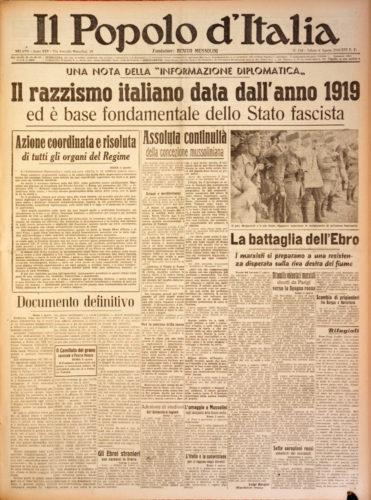 """Il razzismo italiano data dall'anno 1919 ed è base fondamentale dello Stato fascista, """"Il Popolo d'Italia"""", 26 agosto 1938 - Biblioteca nazionale, Firenze"""