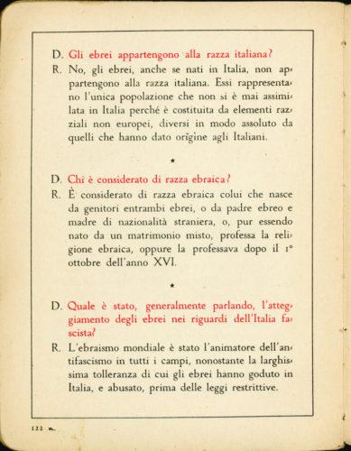 """""""Il secondo libro del fascista"""", Milano, 1939. - Un testo molto diffuso fra i bambini in età scolare.  Archivio privato, Firenze"""