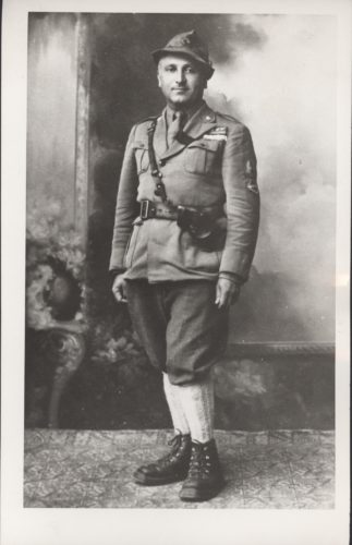 "Giulio Bolaffi (1902-1987), partigiano - Archivio CDEC, Fondo Partigiani e antifascisti ebrei, b. 3, fasc. 37 - <a href=""http://digital-library.cdec.it/cdec-web/storico/detail/IT-CDEC-ST0002-000041/bolaffi-giulio.html"" target=""_blank""  >vai alla scheda</a>"