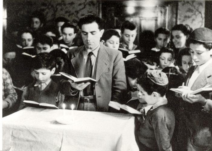"""Bambini ebrei ospitati nel collegio """"M. Falco"""" di Weggis in Svizzera - Archivio CDEC, Fondo fotografico,  Bruna Cases D'Urbino"""