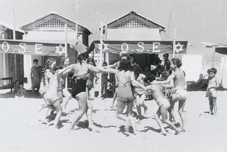 Bambini alla colonia del Lido di Venezia nell'estate del 1946 - Archivio storico Comunità ebraica Venezia