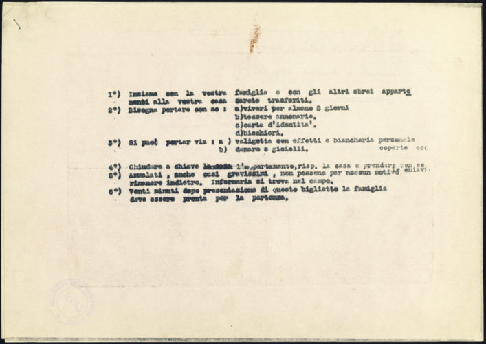 """Foglio consegnato agli arrestati del 16 ottobre 1943 a Roma, con l'elenco delle cose da portare con sè -  Archivio CDEC, Fondo Vicissitudini dei singoli, b. 6, fasc. 192  - <a href=""""http://digital-library.cdec.it/cdec-web/storico/detail/IT-CDEC-ST0005-000281/di-castro-vito.html"""" target=""""_blank""""  >vai alla scheda</a>"""