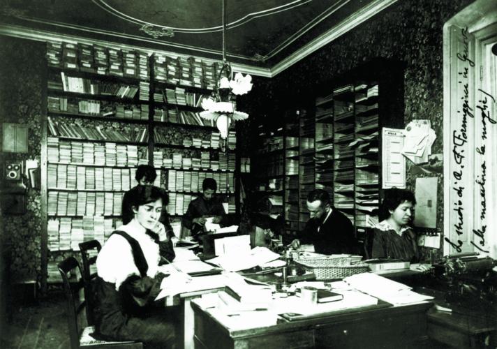 La casa editrice Formiggini, Modena. - La presenza degli ebrei fu particolarmente numerosa nell'editoria e nella pubblicistica  Archivio privato, Modena